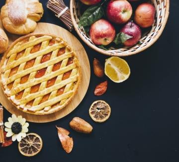 """От менюто на """"Имението Даунтън"""" - мини тарталети с ябълки"""