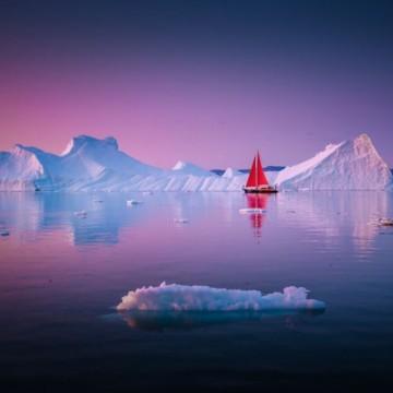 """Гренландия: изчезващата красота на една """"гореща"""" страна"""