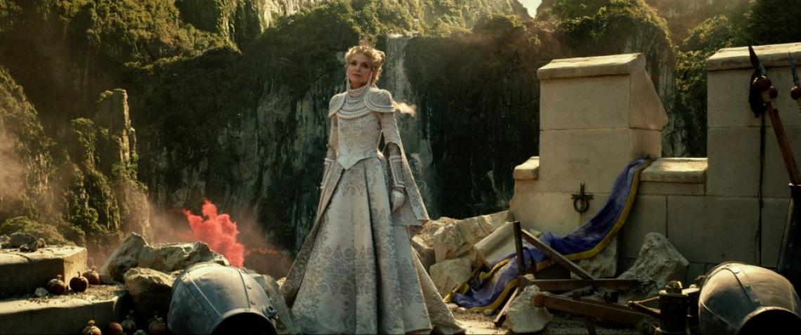 """Кой създава приказния нов свят в """"Господарка на злото 2""""?"""