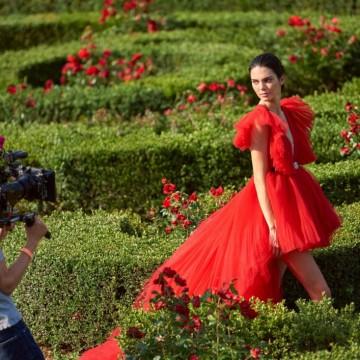 39 модни находки от най-очакваната колекция Giambattista Valli x H&M