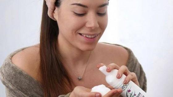 Защо почистването е ключът към сияйна кожа?