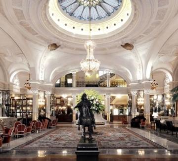Домът на лукса: 155-годишният Hôtel de Paris