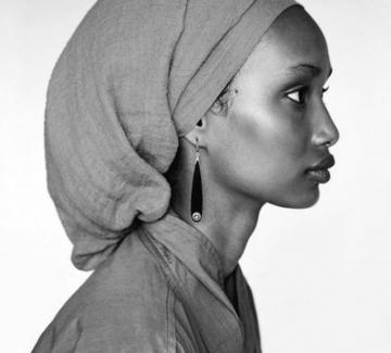 Угбад Абди - още един топмодел с хиджаб