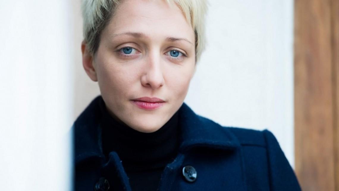 Мартина Апостолова между професионалния футбол и актьорската професия