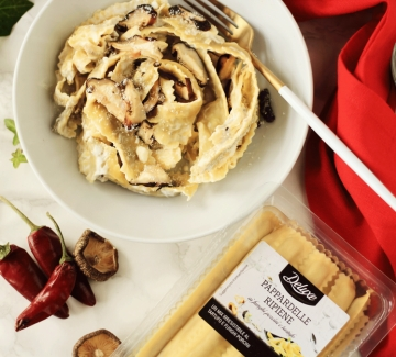 Коледа Deluxe: Пълнена паста с манатарки, трюфел и сметанов сос