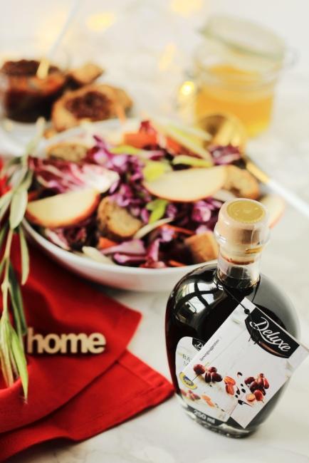 Коледа Deluxe: Зимна салата с ароматен дресинг и балсамов оцет от Модена