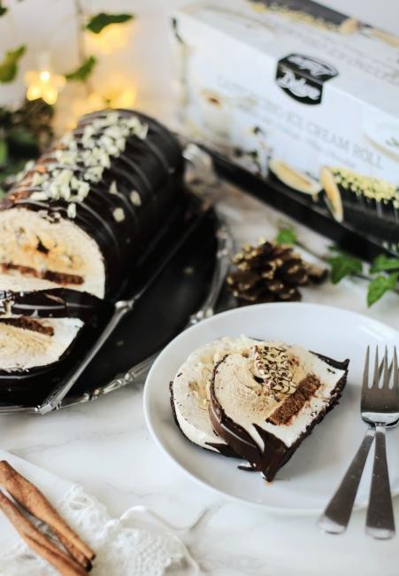 Коледа Deluxe: Златно мляко и сладоледено руло с деликатен бял шоколад