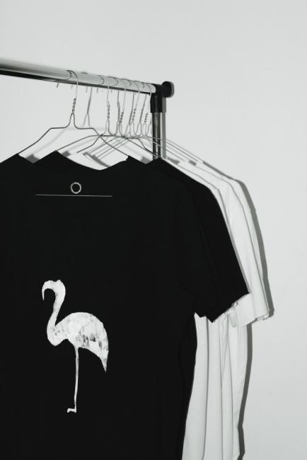 """""""Кръгче"""" в черно и бяло"""