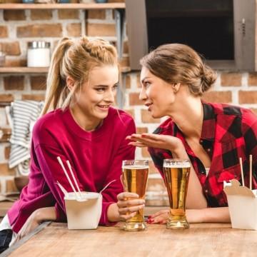 Защо бирата въпреки всичко е дамско питие?