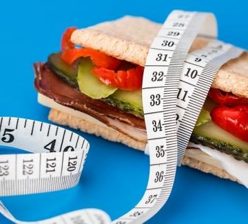 Фастинг: диетата, която не е диета