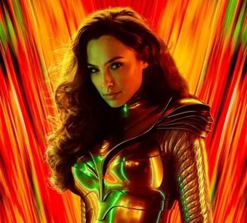 На Гал Гадот наистина ѝ отива да е супергерой!