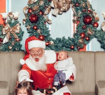 20 забавни снимки с Дядо Коледа