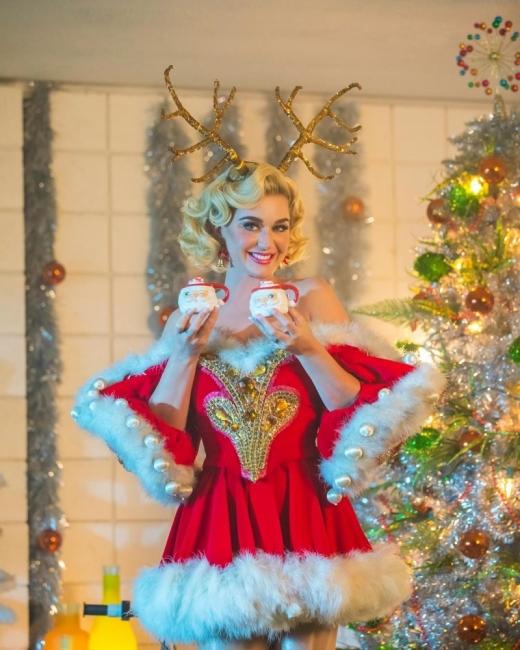 Запечатано в Инстаграм: Коледата на звездите