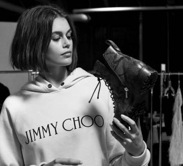 Кая Гербер и Jimmy Choo с капсулна колекция обувки
