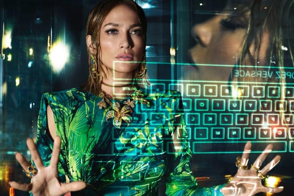 От Gucci до Versace – рекламните кампании за пролет 2020, които не можем да пропуснем