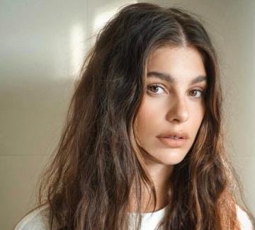 19 прически, които ни разкриват тайната на обема в косите