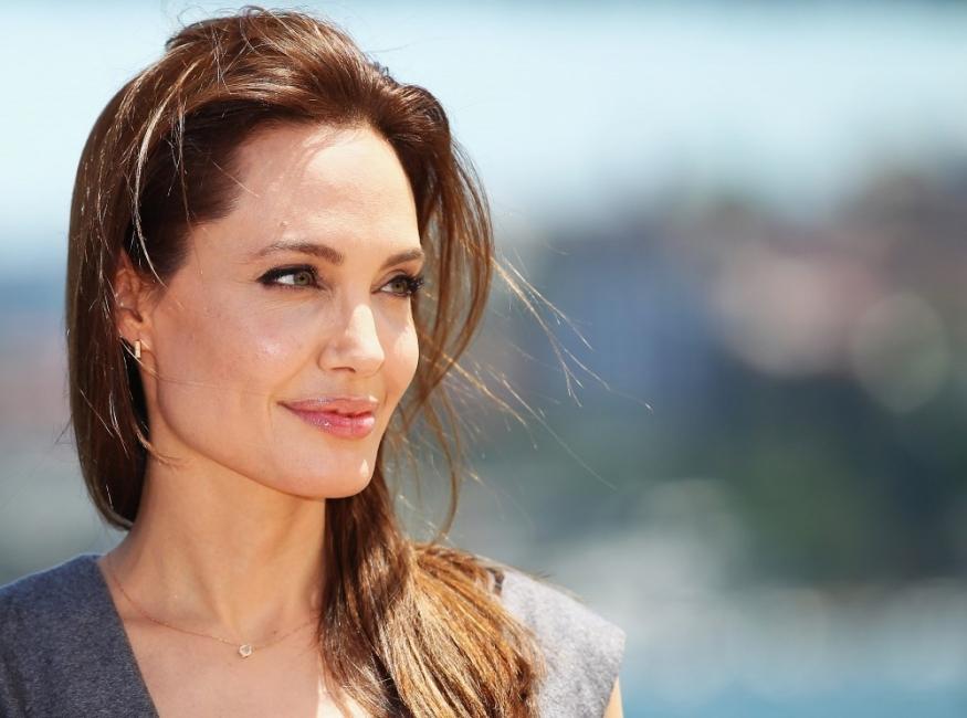 """Анджелина Джоли: """"Невъзможно е да станеш човек, без да правиш грешки"""""""