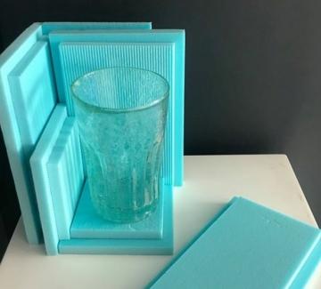 """IKEA: """"Една чаша, която ще стои еднакво добре и на Венецианското биенале, и в твоята баня"""""""