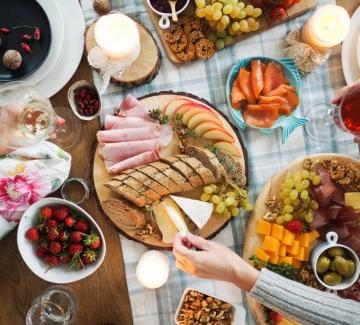 Лека вечеря за приятели