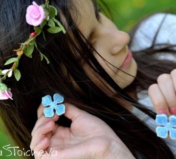 Пролетта идва с красивите украшения на Tina