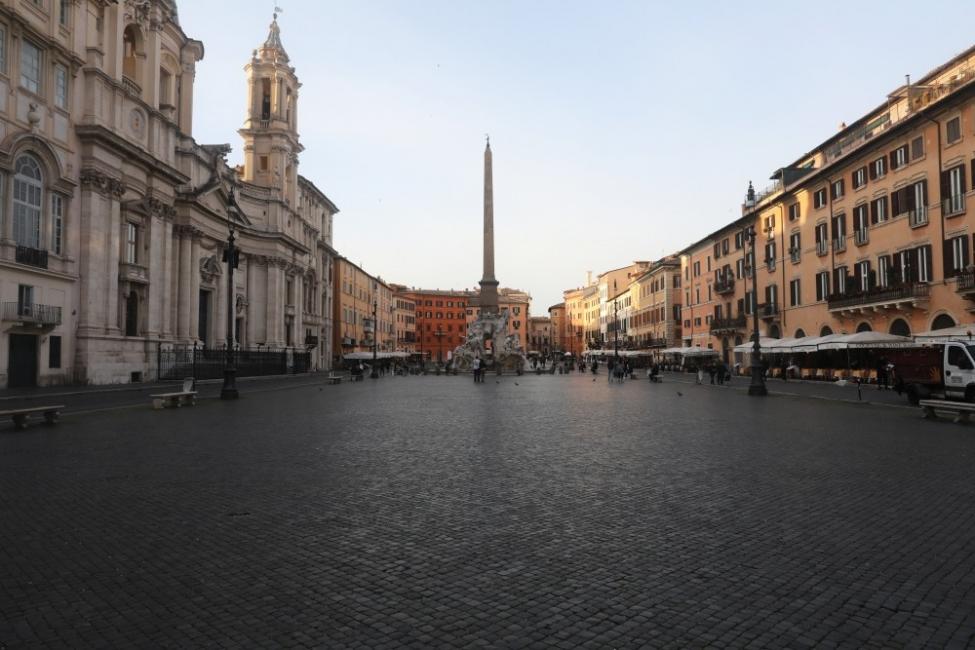 Рим: величествен, самотен и още по-красив