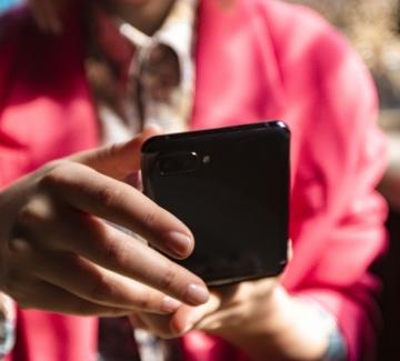 3 неща, с които Samsung Galaxy Z Flip улеснява работата ми