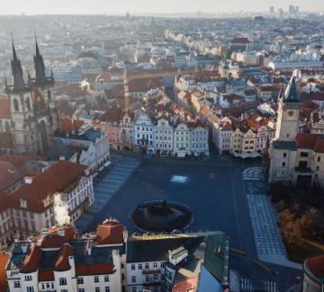 И Златна Прага изгуби от блясъка си без хората