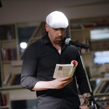 Писателят Васил Панайотов: Намигването на смъртта е полезно за живите