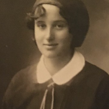 Когато баба ти е способна да промени света... Историята на д-р Сребра Родопска, на която дължим БЦЖ ваксината