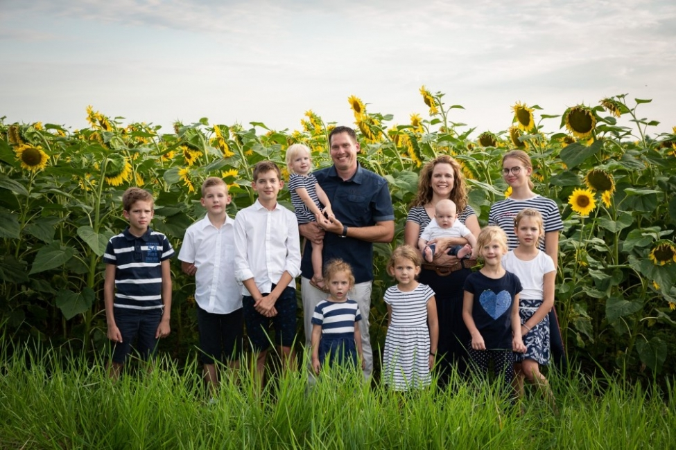 13 души в една лодка: в семейстовото на световния шампион Мартин Йоб