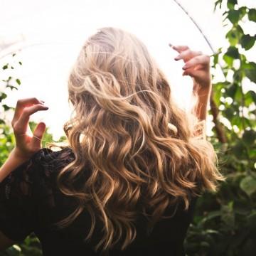 3 стъпки как сами да оформите косата си на небрежни вълни