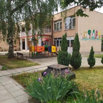 Детските градини отварят, дилемите остават