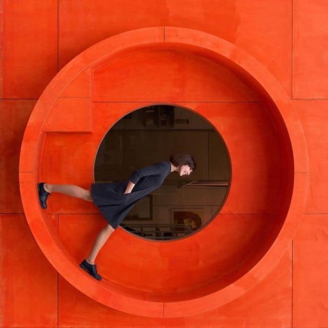 Фотографите, които си играят с архитектурата