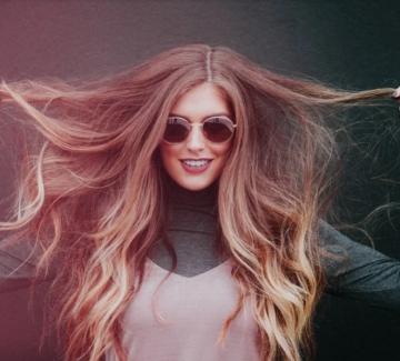Боядисана и здрава коса – възможно ли е?