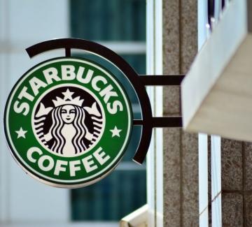 Starbucks спира рекламите си в социалните медии заради реч на омразата