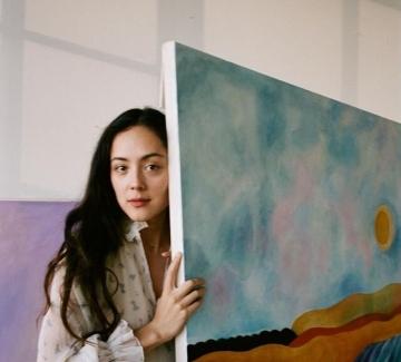 Камила Енгстром – художничката, която ни напомня да обичаме себе си