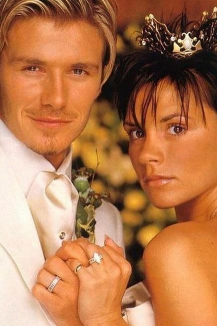 Как семейство Бекъм отпразнува 21 години от сватбата?