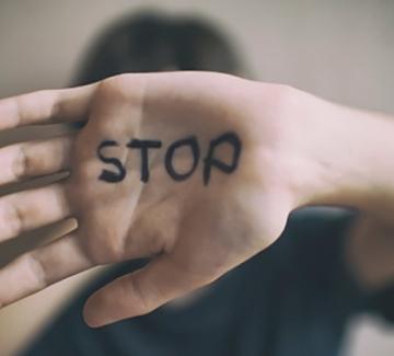 Как да разпознаем психическото насилие? И защо държавата не го разпознава?