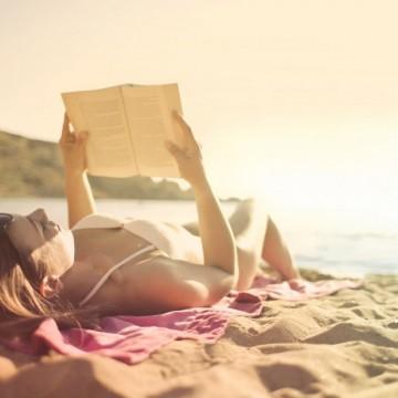 7 книги, които да си вземете за плажа