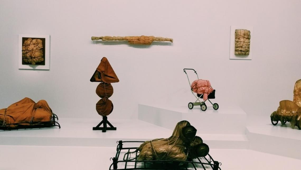 Изложбата на Кристо и Жан-Клод в Париж – между изкуството и любовта