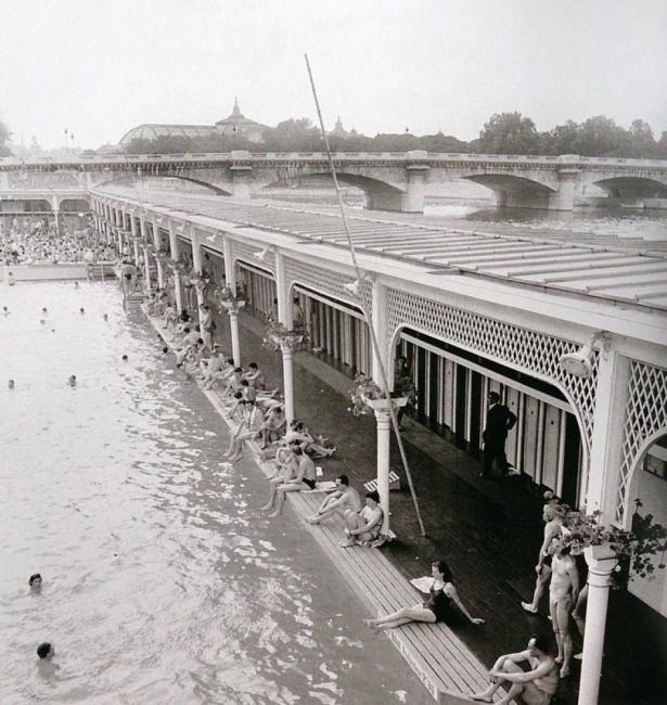 А някога плажовете в Париж са изглеждали така!