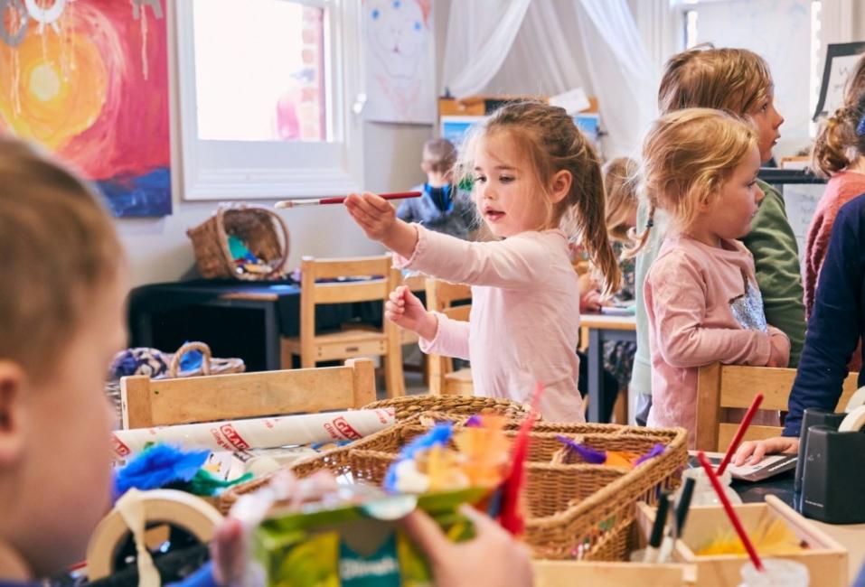 Защо местата в детските градини никога не стигат?
