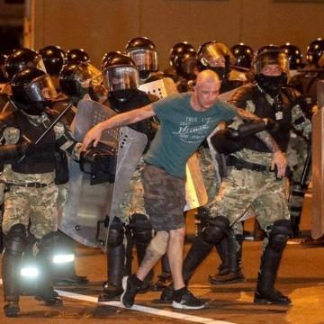Протести в Минск и палатков лагер във Варшава срещу Лукашенко