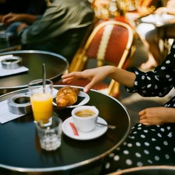 5 места в София, които ни пренасят в Париж