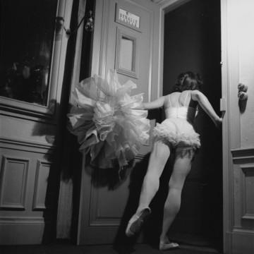 Да надникнем зад кулисите на Парижката опера